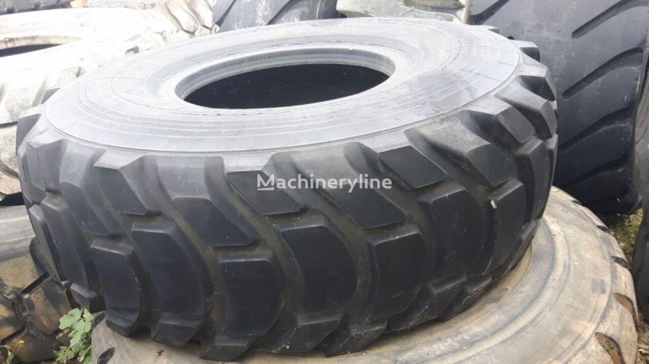USED XR 29.5-35 tires grader band