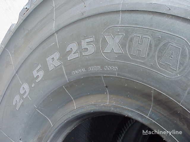 nieuw Michelin 29.50- 25.00 wiellader band