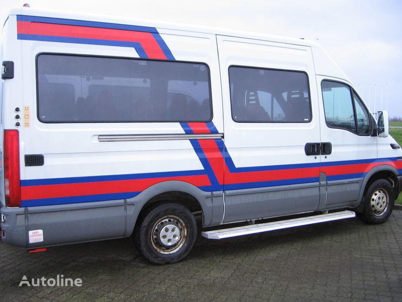 IVECO 35S17  nr. 263 passagier bestelwagen