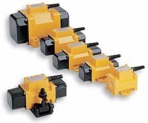 DYNAPAC Ploshchadochnyy naruzhnyy vibrator anderen bouwmachines