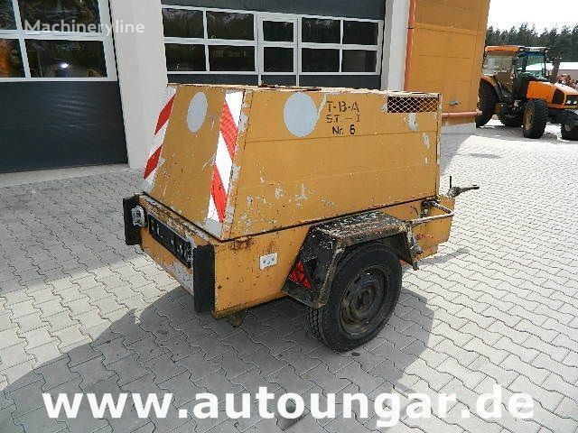 Jenbacher JW223 auf Anhänger compressor