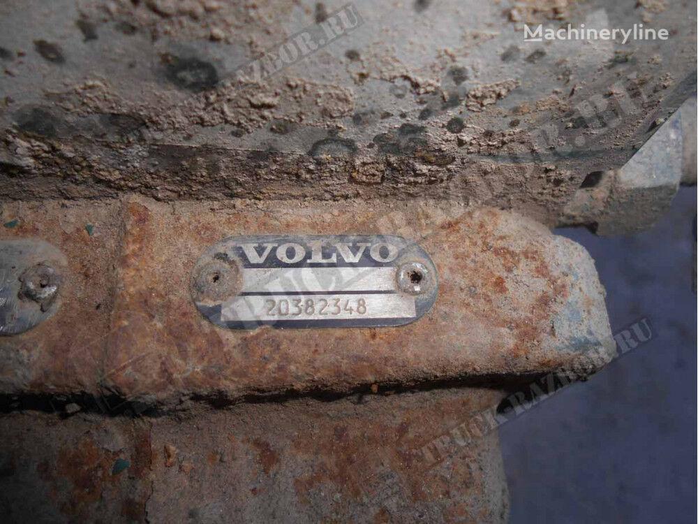 VOLVO D12 compressor