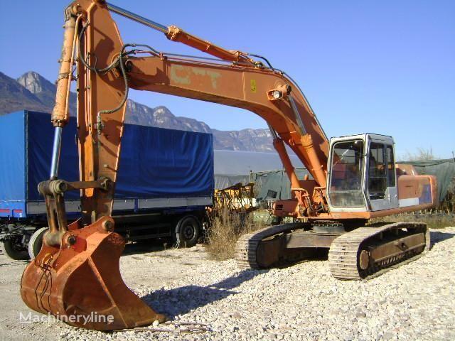 FIAT-HITACHI FH 330.3 rupsgraafmachine