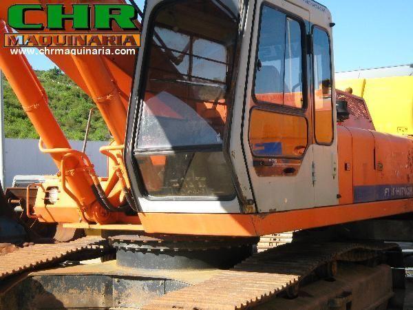 FIAT-HITACHI FH200 - FH220 rupsgraafmachine