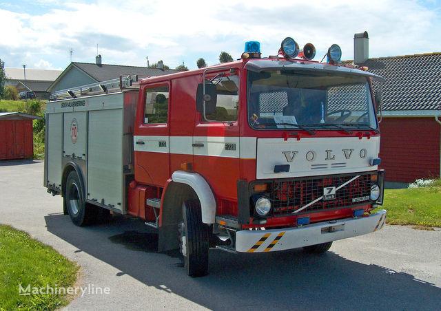 VOLVO F-7 brandweerwagen