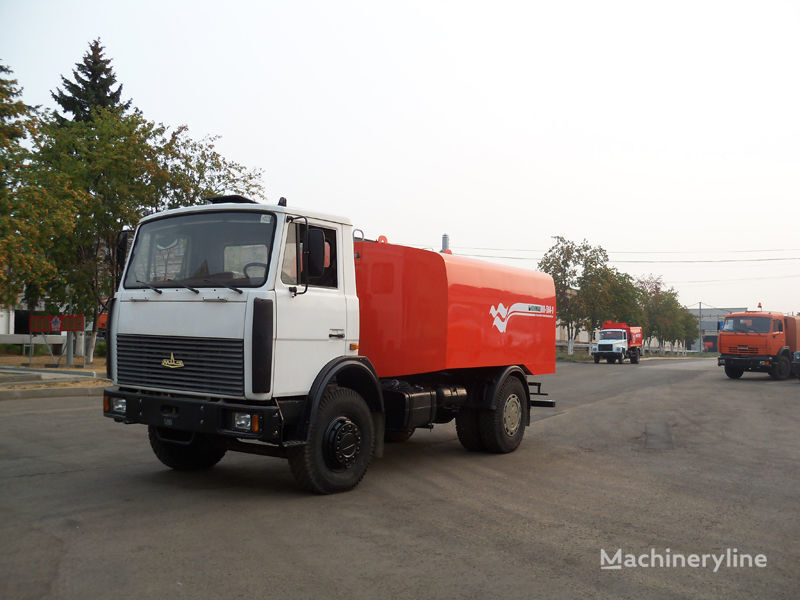 MAZ KO-514-1 hogedrukspoelwagen