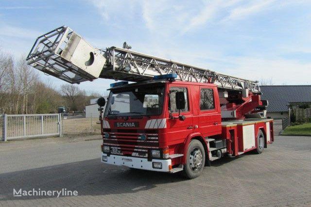 SCANIA 82M Doppelkabine brandweer hoogwerker