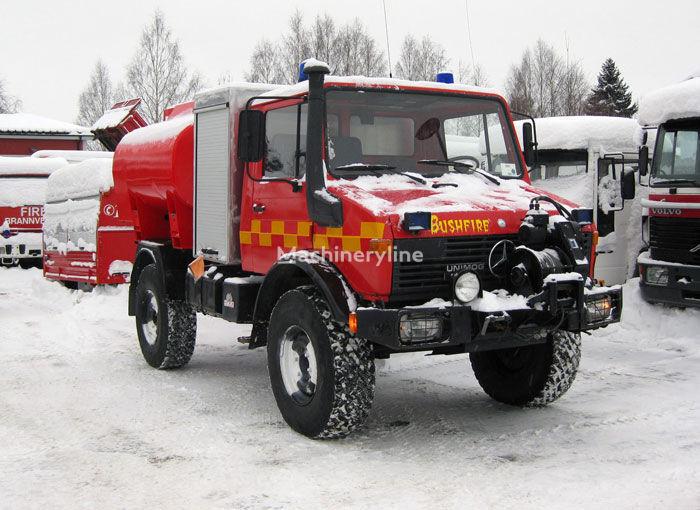 MERCEDES-BENZ Unimog U-1300 4x4 WD brandweerwagen