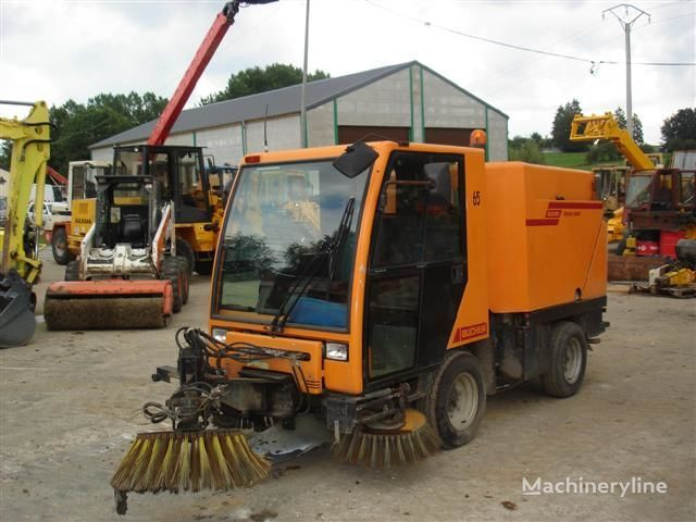 BUCHER CITY CAT 2000 veegmachine