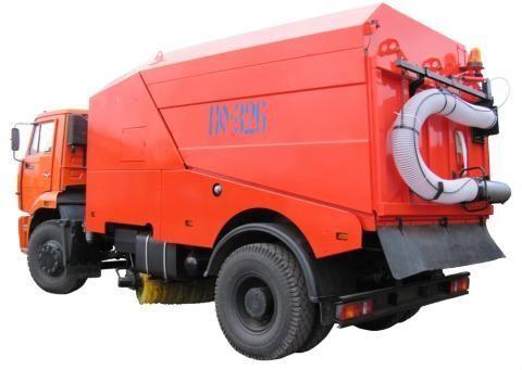 KAMAZ KO-326-02  veegmachine