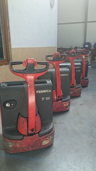 LINDE T18 elektrische palletwagen