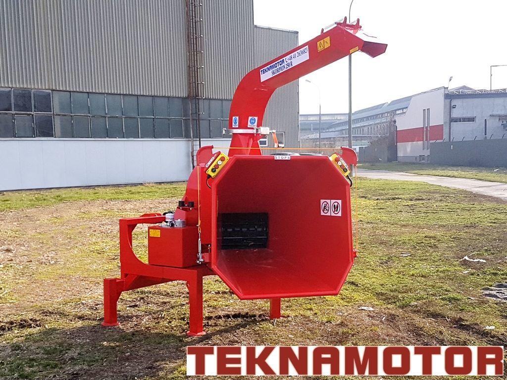 nieuw TEKNAMOTOR Skorpion 250R houtversnipperaar