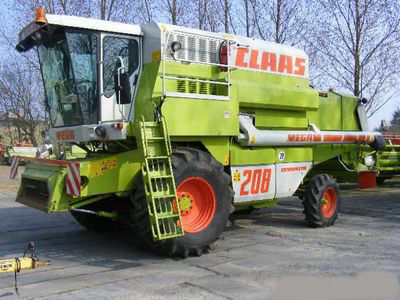 CLAAS MEGA 208 Maaidorser