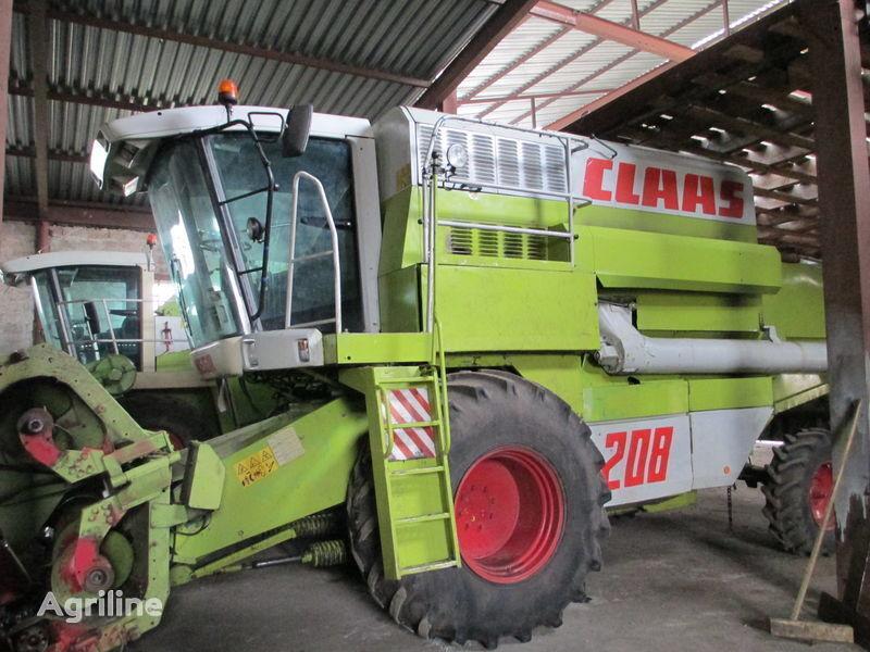 CLAAS Rozborka Mega 208 Maaidorser