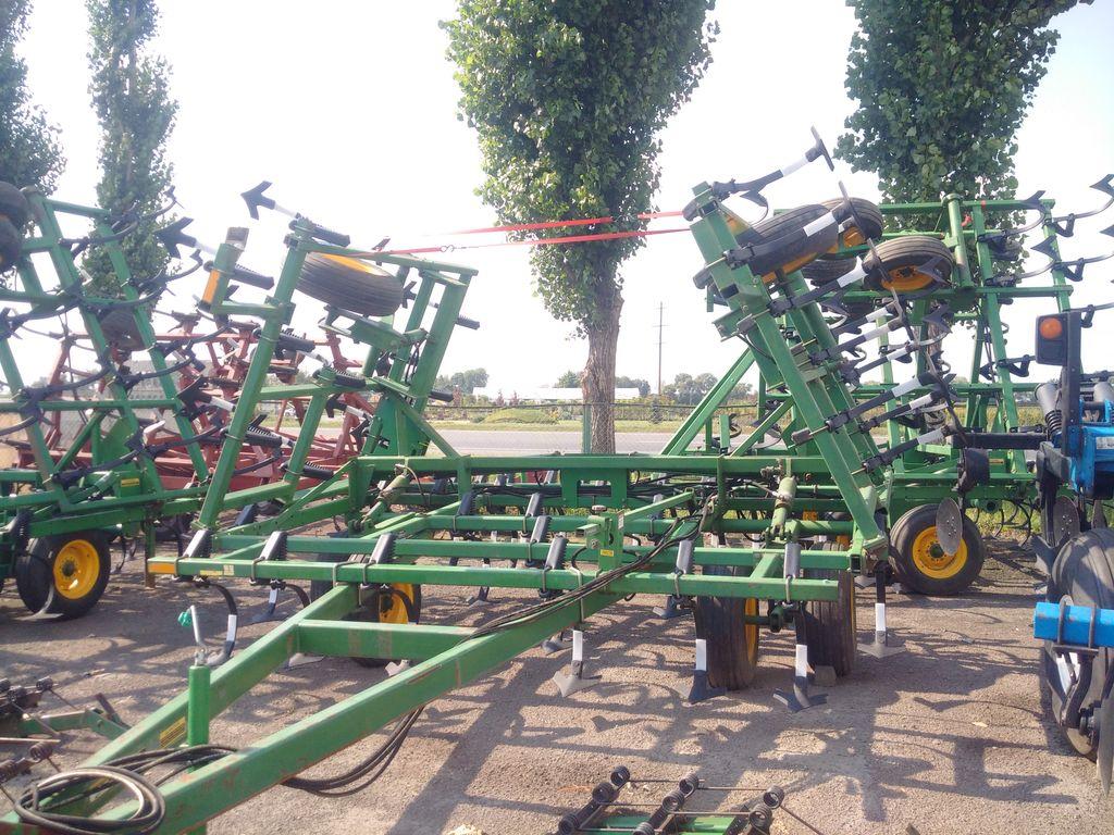 JOHN DEERE 960 - 8 metrov cultivator