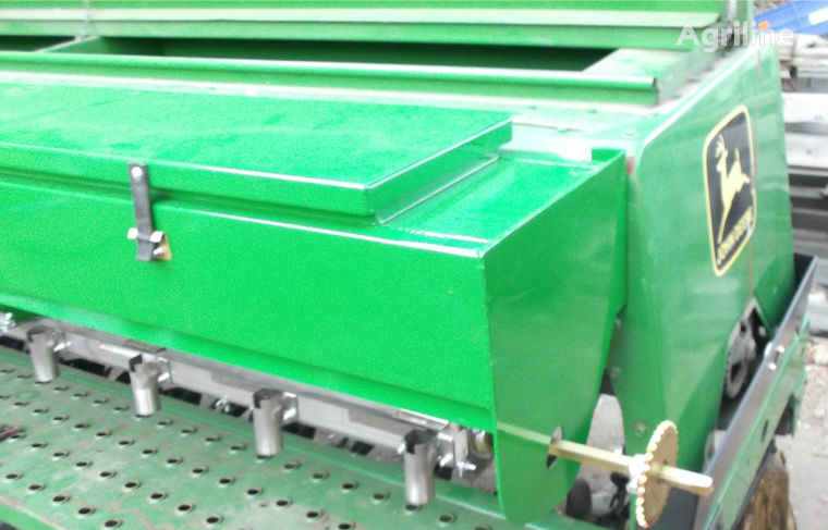 JOHN DEERE Tukovysevayushchiy apparat  mechanische zaaimachine