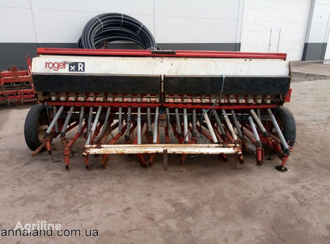 Roger XR A77-Carvin mechanische zaaimachine