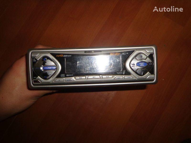 VDO Ayton. 12V. CD autoradio voor trekker