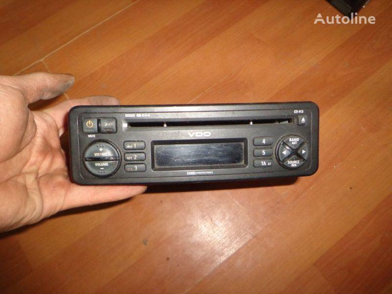 VDO CD413. 12V. CD. autoradio voor vrachtwagen