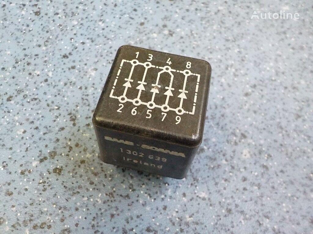 Blok elektronnyy (diodnyy blok) besturingseenheid voor truck