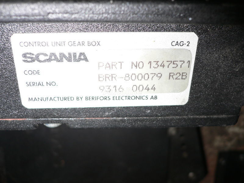Scania GEAR BOX 1347571 . 1362616 . 1505135 . 488207. 1434153. 1368153. 1360315 besturingseenheid voor SCANIA 113 bus