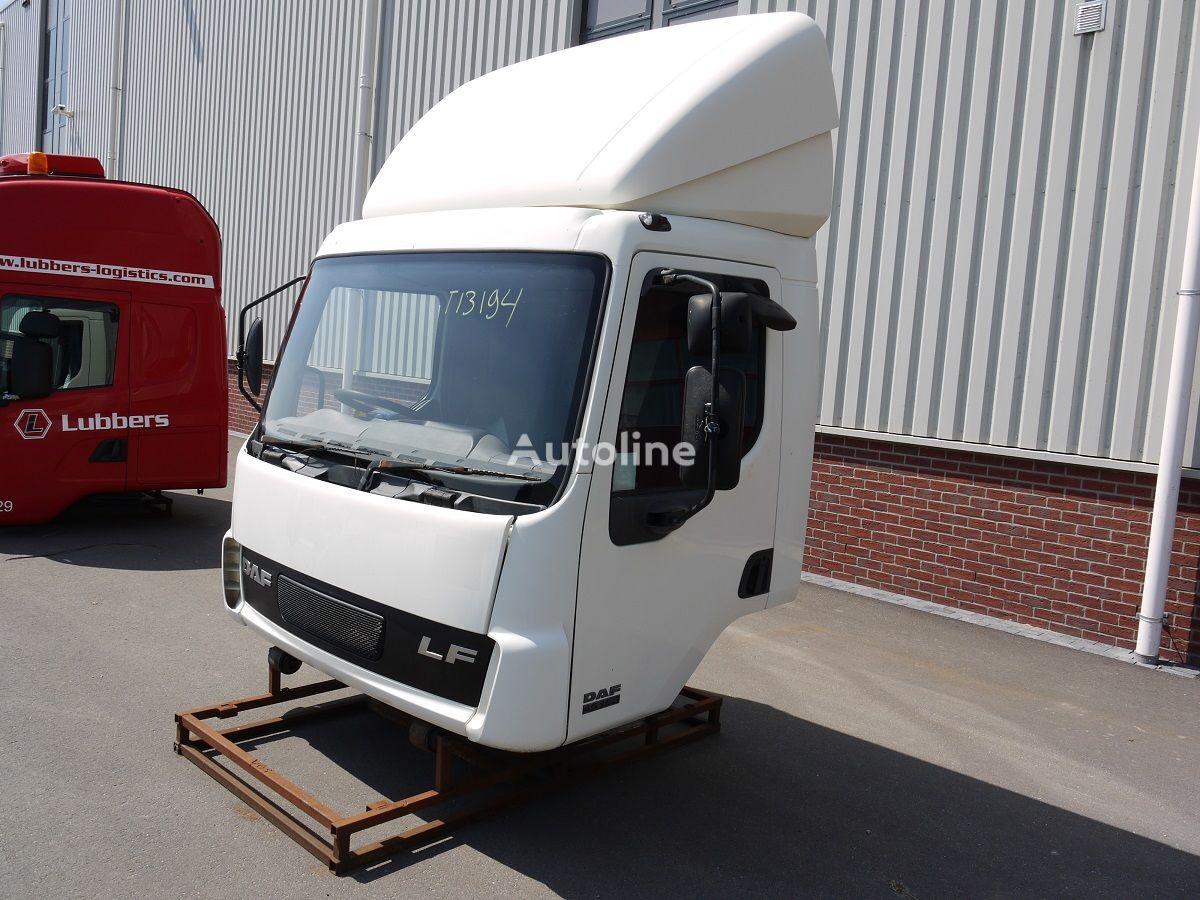 cabine voor DAF LF45 DAGCABINE (RHD) vrachtwagen