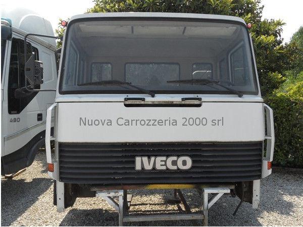 IVECO EUROCARGO 330-35 cabine voor vrachtwagen