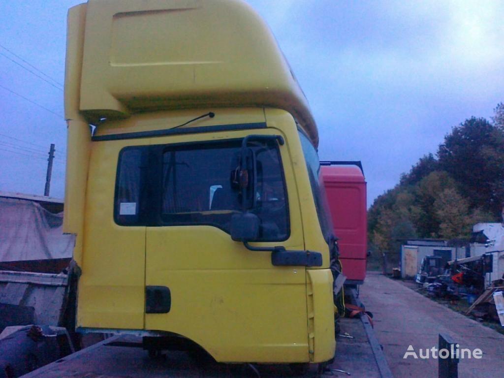 cabine voor MAN TGA sypialna dzienna 8000 zl vrachtwagen