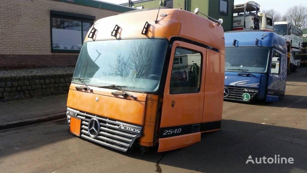 cabine voor MERCEDES-BENZ 2540 trekker