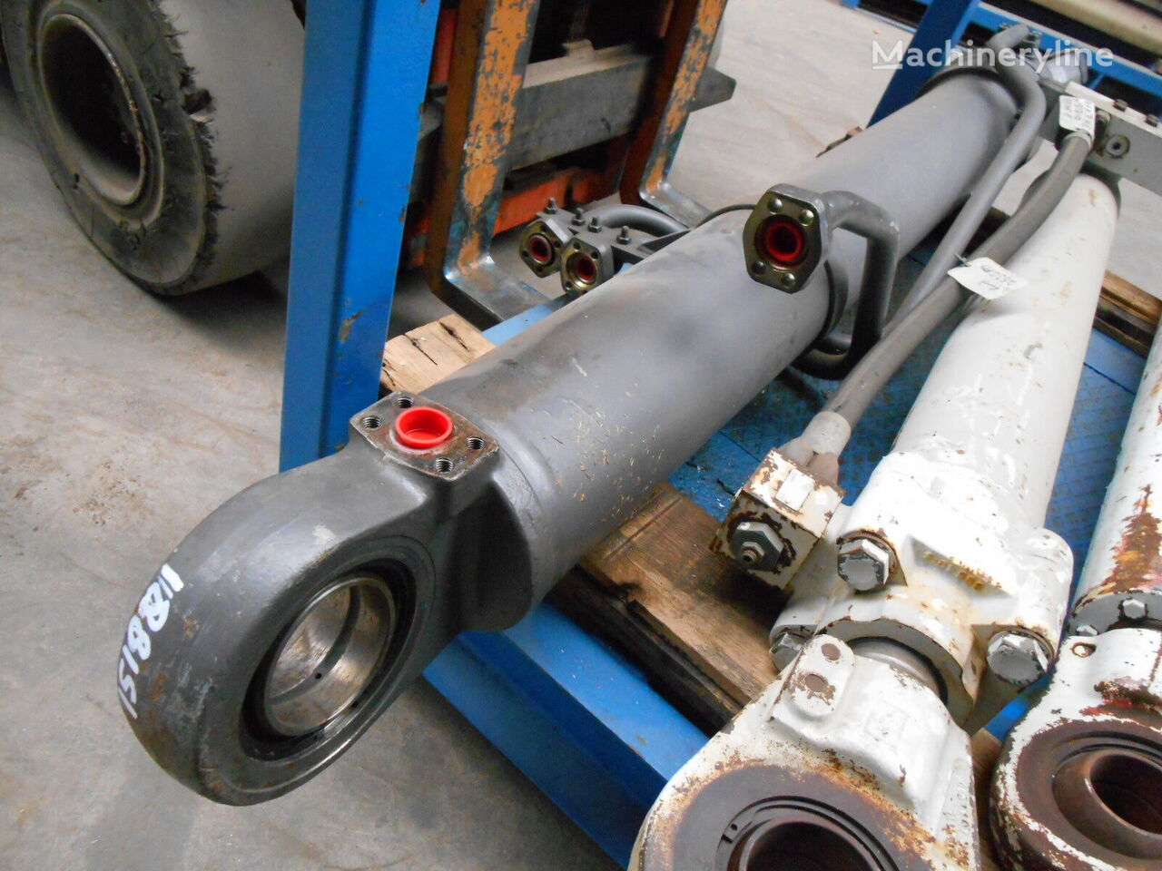 VOLVO hydraulische cilinder voor VOLVO EC390 graafmachine
