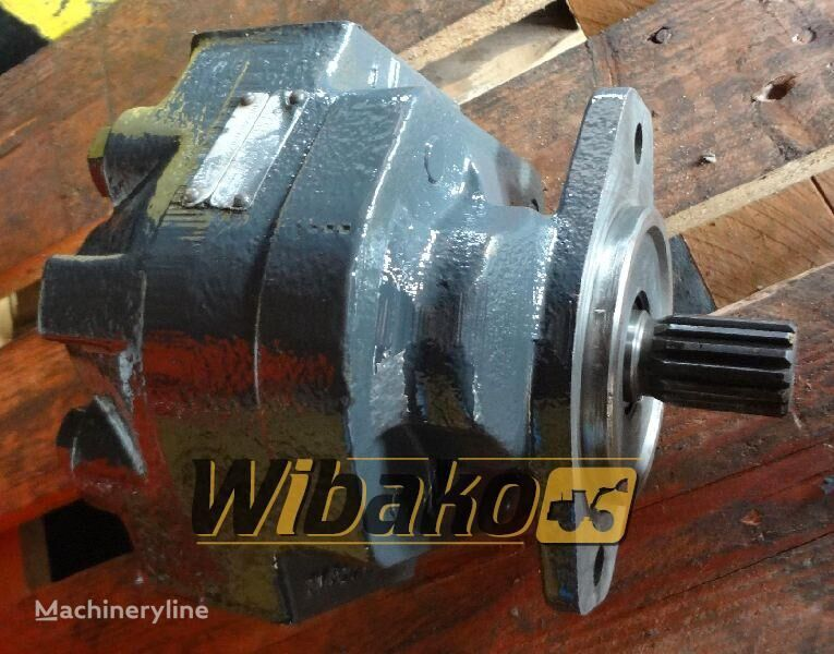 Hydraulic pump Hanomag D500 hydraulische pomp voor D500 graafmachine