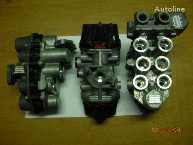 ZB4587 AE4510  AE4525 AE4502 AE 4528 AE4604  AE4162 kraan voor trekker