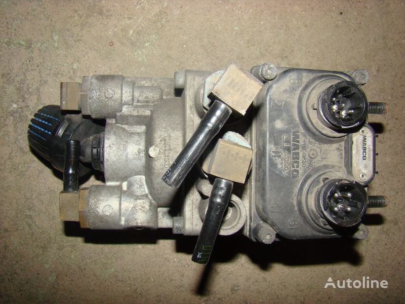 DAF 105XF foot brake valve 1455027 kraan voor DAF 105XF trekker
