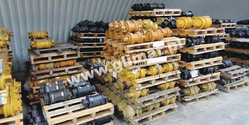 nieuw looprol voor CATERPILLAR D8N , 583 bouwmachines