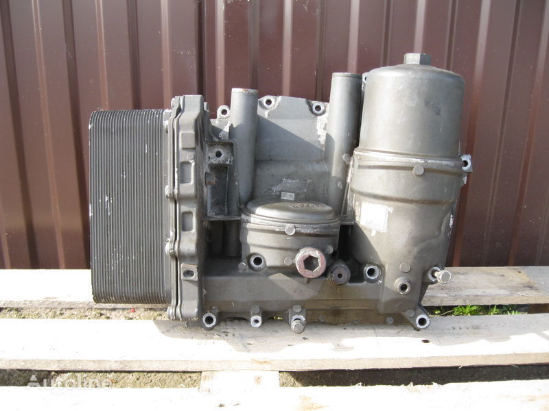 CHŁODNICZKA OLEJU Z PODSTAWĄ oliefilter voor DAF XF 105 trekker