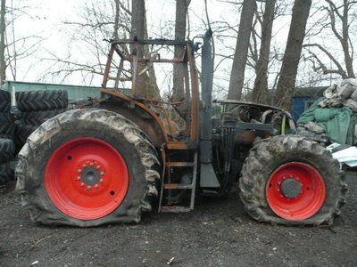 b/u zapchasti / used spare parts onderdeel voor CLAAS ARES 836 trekker