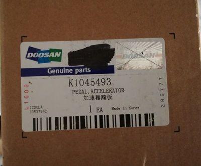 PEDAŁ gazu K1045493 DOOSAN onderdeel voor DOOSAN DL300, DL400, DL500 wiellader