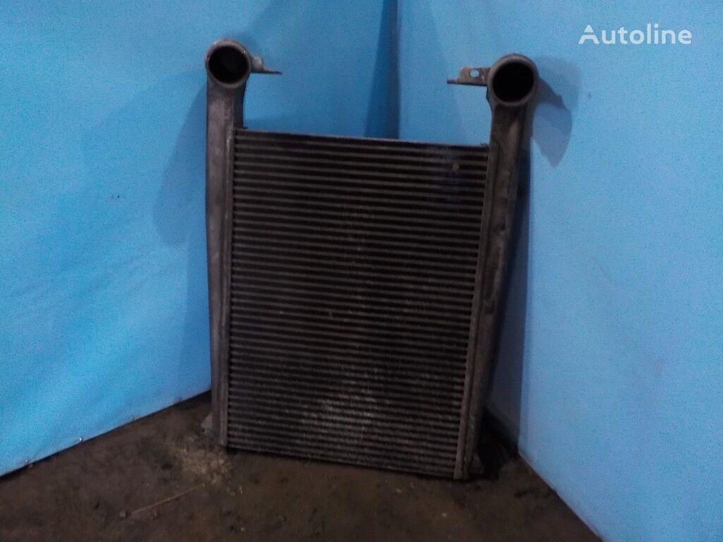 Interkuler radiator voor truck
