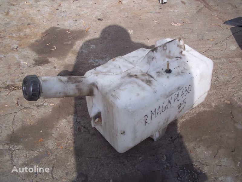 ruitenvloeistof reservoir voor RENAULT Magnum trekker