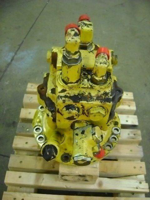 Motore di rotazione swing motor voor KOMATSU PW 130 graafmachine