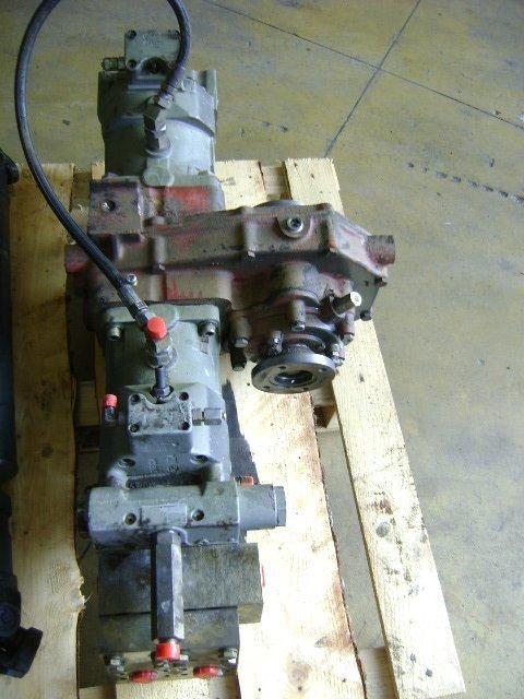 type versnellingsbak voor KOMATSU Pw 130  graafmachine