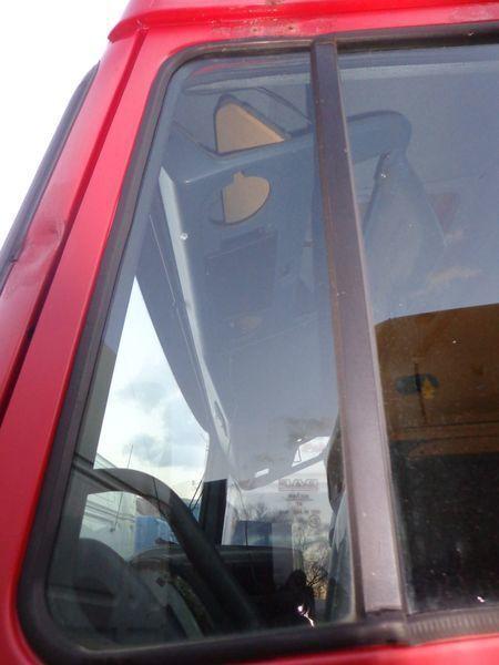 DAF nepodemnoe vensterruit voor DAF XF trekker