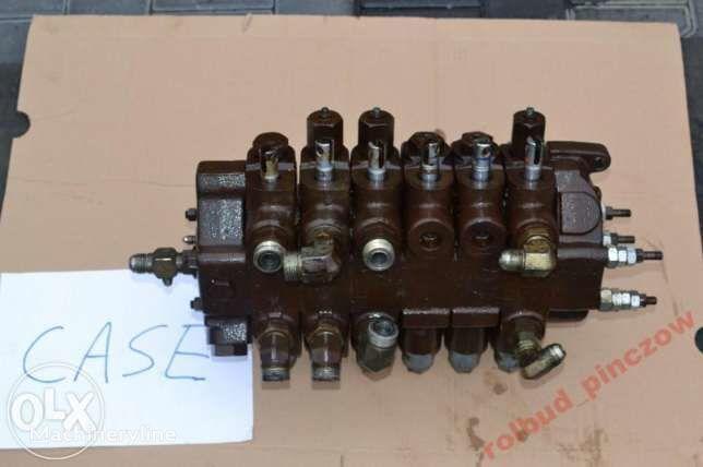 CASE verdeler voor CASE 580 LPS  graaflaadmachine