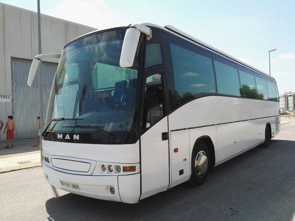 MAN 18.400 touringcar