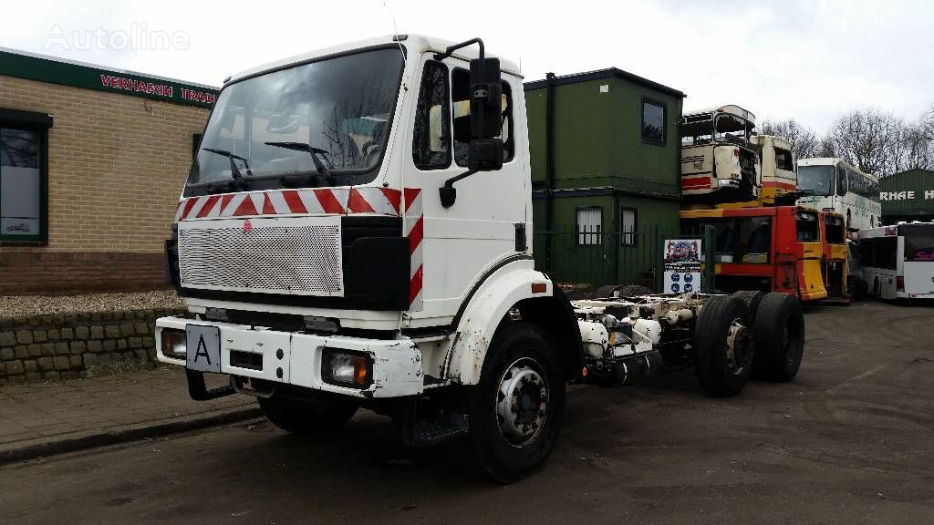 MERCEDES-BENZ 2524 L chassis truck