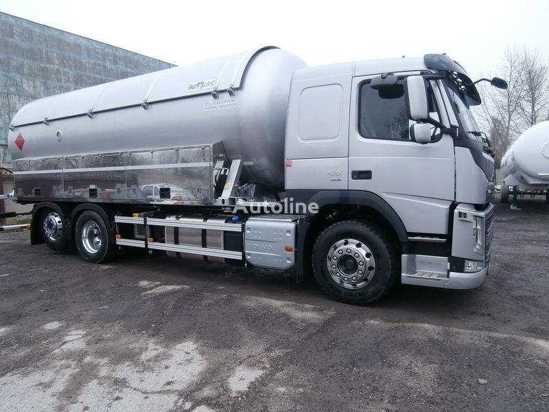 VOLVO gastank truck + aanhanger
