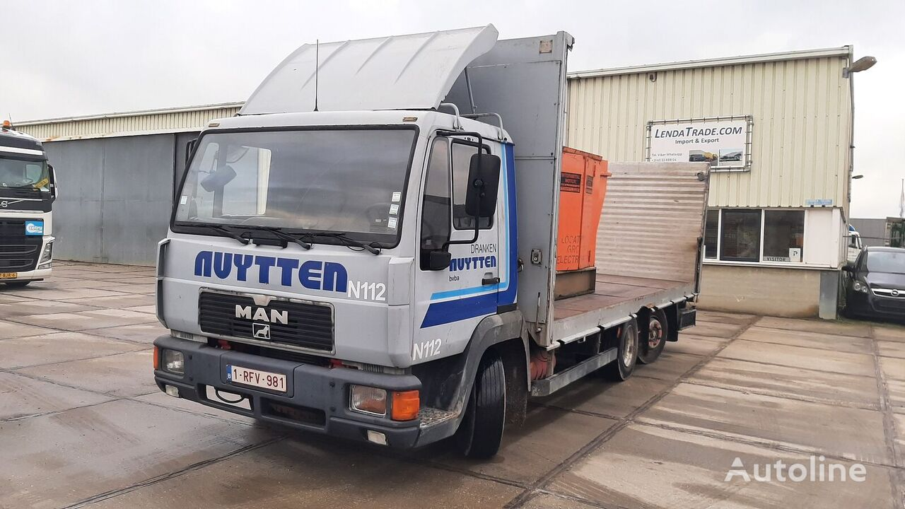 MAN 12.160 L2000 6x2 Manual pump autotransporter
