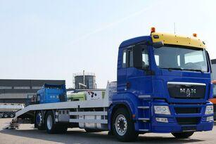 MAN TGS 26.400 6x2 Csörlővel és rámpával autotransporter