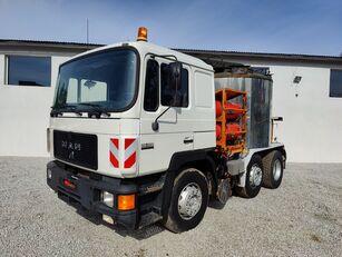 MAN MAN 26-402  Linnhoff bitumen transport