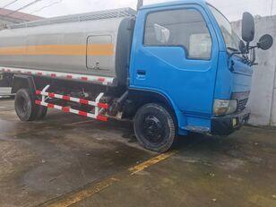 DONGFENG Tank Truck 6 Tons brandstoftruck